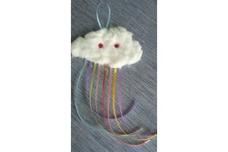 Atelier créatif petit nuage Arc en ciel - Créations d'enfant - 10doigts.fr