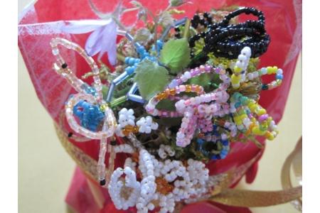 pour les 20 ans d'Ophelie - Perles, bracelets, colliers - 10doigts.fr