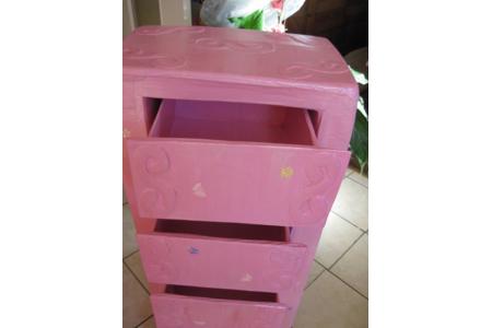 armoire rose en carton - Divers - 10doigts.fr