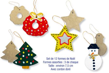 Formes de Noël  en carton papier mâché, avec cordon doré - Set de 12 - Supports de fêtes en carton – 10doigts.fr