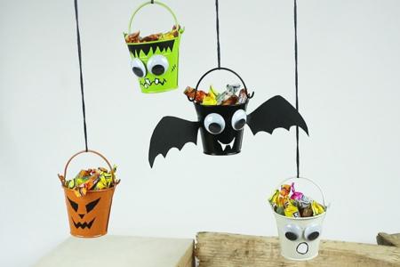 Mini seaux à bonbons pour Halloween - Tutos Halloween – 10doigts.fr