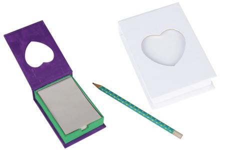 Boîte à notes en carton blanc avec fenêtre Coeur - Carnets et blocs-notes en carton – 10doigts.fr