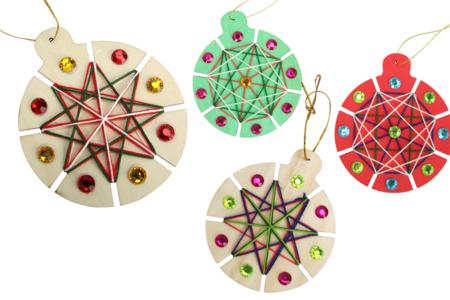 Boules de Noël à tisser - Kit pour 6 réalisations - Kits d'activités Noël – 10doigts.fr