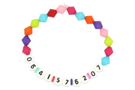 Bracelet numéro de téléphone - Tutos créations de Bijoux – 10doigts.fr