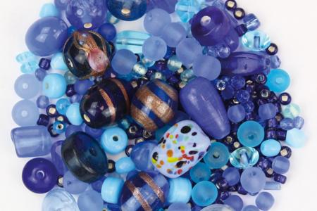 Bracelets camaïeu de perles bleues fantaisies en verre - Tutos Fête des Mères – 10doigts.fr