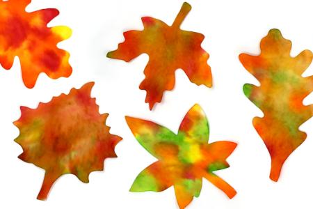 Feuilles automne avec de l'encre - Tutos Automne – 10doigts.fr