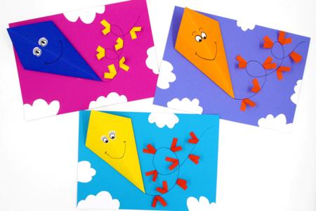 Cerfs-volants 3D en papier - Collage et pliage papier – 10doigts.fr