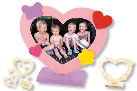 Cadre coeur + mini formes en bois - Cadres photos en bois – 10doigts.fr