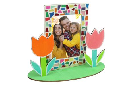 Cadre avec fleurs en bois à peindre - Tutos Fête des Mères – 10doigts.fr