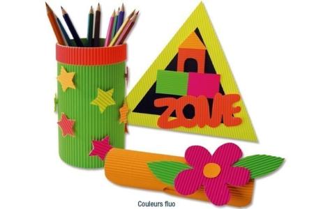 Rouleaux de cartons ondulés  50 x 70 cm, couleurs vives - SOLDES – 10doigts.fr