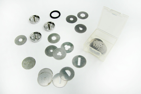 Seringue extrudeuse + 23 emporte-pièces - Outils de Modelage – 10doigts.fr