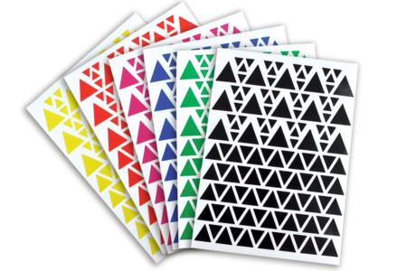 Gommettes Triangles - 18 planches - Toutes les gommettes géométriques – 10doigts.fr