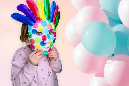 masque carnaval enfant plumes - Tête à Modeler