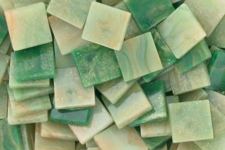 Mosaïques acrylique marbrées - Camaïeu de verts - Mosaïques résine acrylique – 10doigts.fr