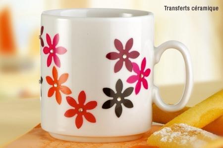 Mug en porcelaine déco collage papier spécial - Tutos Fête des Mères – 10doigts.fr