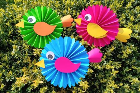 Jolis oiseaux en papier - Activités enfantines – 10doigts.fr
