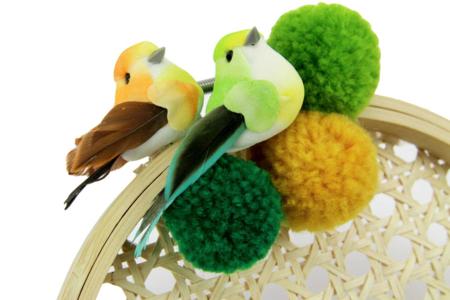 Oiseaux colorés sur pince - Set de 6  - Décorations à coller – 10doigts.fr