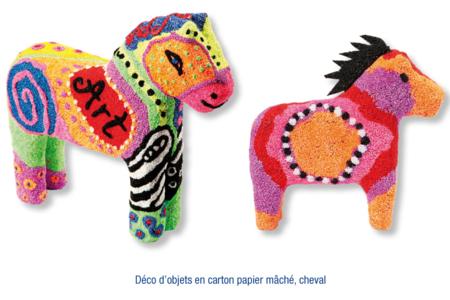 Chevaux décorés avec de la pâte à modeler FOAM CLAY - Modelage – 10doigts.fr