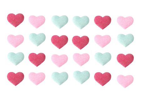 Stickers cœurs en tissu molletonné - 24 coeurs - Décorations Coeurs – 10doigts.fr