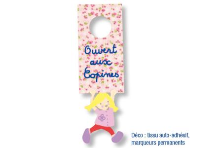 Plaque pour poignée de porte, garçon ou fille - Activités enfantines – 10doigts.fr