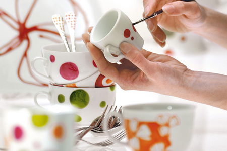 Peinture pour porcelaine couleurs assorties - 10 pots de 45 ml - Peinture Verre et Faïence – 10doigts.fr
