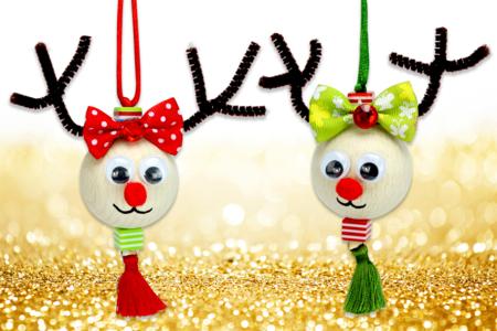 Suspension renne de Noël avec une grosse perle en bois - Noël – 10doigts.fr