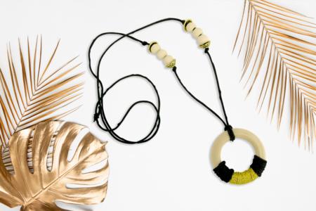 Sautoir anneaux naturel - Bijoux - 10doigts.fr