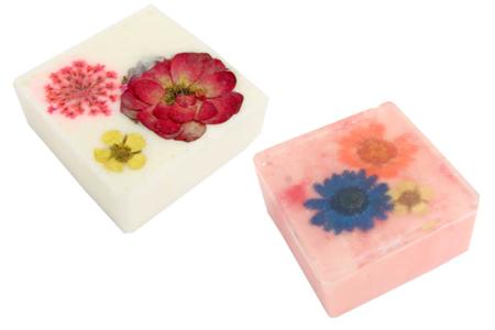 Fleurs séchées - 3 Planches - Fleurs séchées, pommes de pin – 10doigts.fr