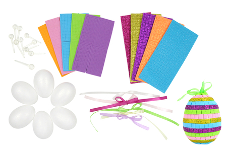 Kit création d'œufs à décorer en mosaiques - Kits activités Pâques – 10doigts.fr
