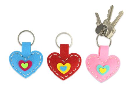 Porte-clés cœurs en feutrine - Set de 6 - Kits Mercerie – 10doigts.fr