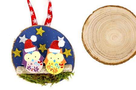 Suspension hiboux avec une tranche de bois - Noël – 10doigts.fr