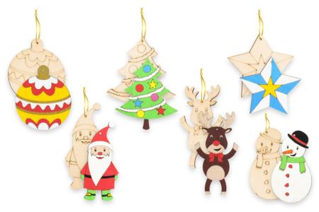 Suspensions de Noël en bois gravé - Set de 6 - Noël – 10doigts.fr