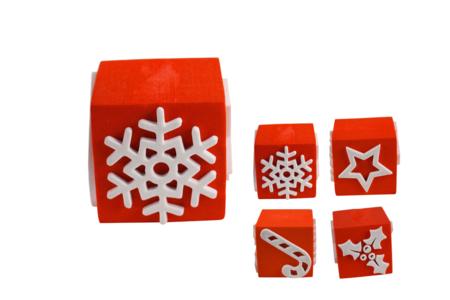 Tampons cube en mousse Noël - 4 motifs - Tampon dessin – 10doigts.fr