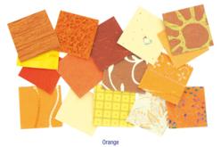 Set d'environ 140 papiers artisanaux indien en camaïeu orange