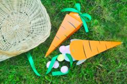 """Pochettes surprises """"Carotte"""" - Lot de 4 - Kits activités de Pâques – 10doigts.fr - 2"""
