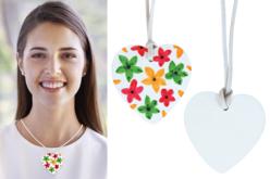 Colliers bois forme cœur - 6 pendentifs - Colliers et chaines – 10doigts.fr