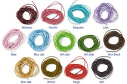 Cordons de cuir coloré 1 m - Couleur au choix - Cordons en cuir et suédine – 10doigts.fr