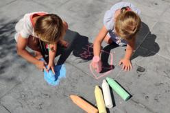Craies de trottoir XXL - 6 couleurs - Craies, tableaux, ardoises – 10doigts.fr - 2