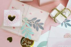Papier cadeau rose - Motifs coeurs - Papiers cadeaux – 10doigts.fr - 2