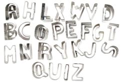 Emporte-pièces métalliques alphabet de A à Z