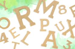 Lettres et chiffres en bois - 5 cm - Motifs brut – 10doigts.fr