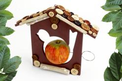 Mangeoire en bois pour oiseaux à suspendre - Nichoirs en bois – 10doigts.fr - 2
