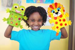 Marionnettes grenouille lion