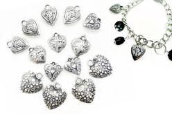 Perles char'ms cœurs argenté - 14 charm's - Décorations Coeurs – 10doigts.fr