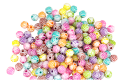 Perles rondes gravées d'une rose - 200 perles - Perles acrylique – 10doigts.fr - 2