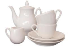 Service à café ou thé en porcelaine blanche