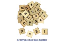 Set de 62 lettres en bois, façon Scrabble