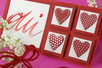 Coeurs fantaisie en bois décoré - Set de 8 - Motifs peints – 10doigts.fr