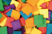 Mosaïques bois couleurs vives - 1 set (500 pièces) - Mosaïques bois 14936 - 10doigts.fr