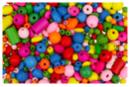 Perles en bois couleurs et formes assorties (0,5 à 2 cm) - Set de 180 perles  - Perles en bois 10454 - 10doigts.fr